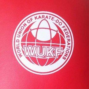 Manusi Karate, Saman, Shobu Sanbon WUKF, rosu